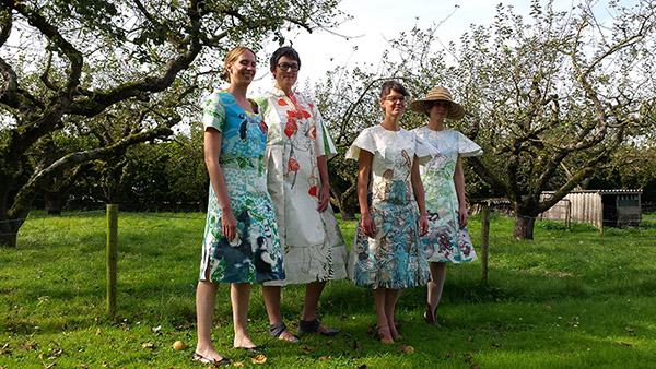 Flaneren papieren jurken LekArt 2014